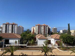 13B2 Balcony View