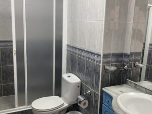14B1 Bathroom