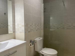 1A1 Bathroom