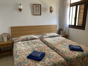 2B2 Bedroom