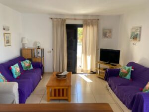 40A1 Living Room