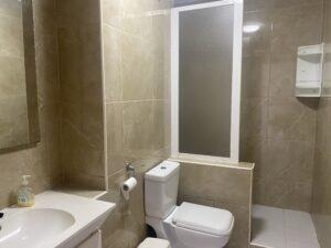 6B2 Bathroom