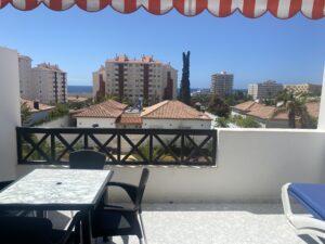 6B2 Balcony