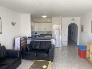 6B2 Living Room-Kitchen