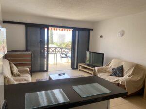 7B2 Living Room