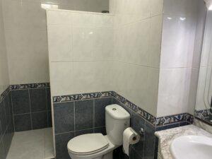 8A1 Bathroom